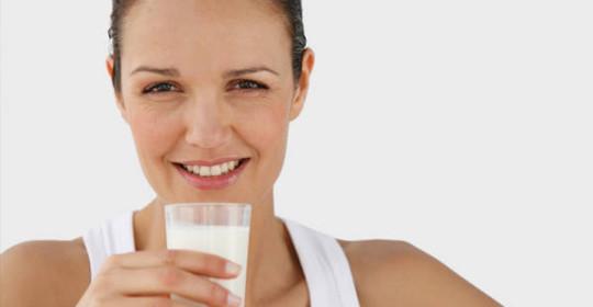 La leche puede producir osteoporosis