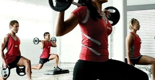 Cómo ayuda el ejercicio anaeróbico a eliminar la grasa abdominal