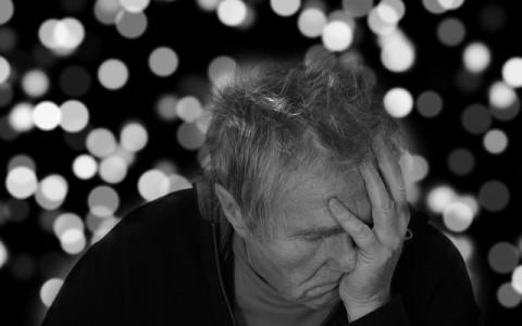 Miles de personas podrían padecer Alzheimer debido a un tratamiento con hormonas en los años 80