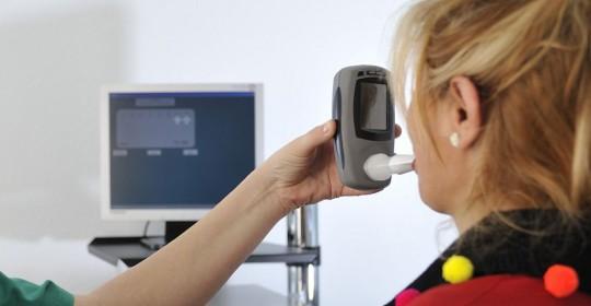 La revolución en el diagnostico, dispositivos para detectar enfermedades a través del aliento