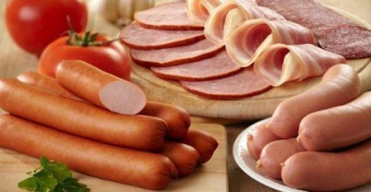 Comer carne procesada aumenta el riesgo de cáncer
